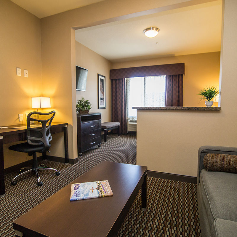 Wheelchair Accessible Junior Suite Queen Room